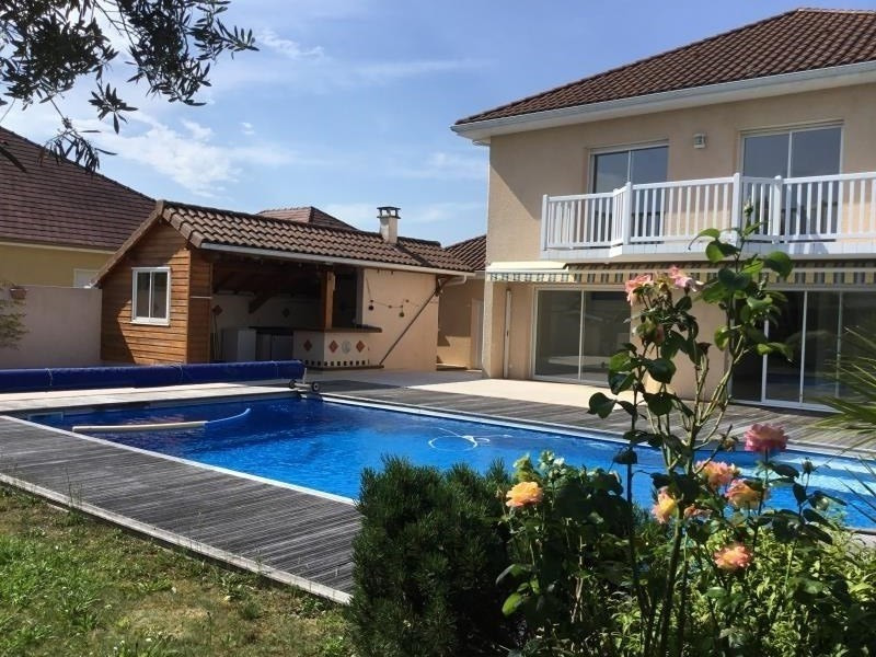 Vente de prestige maison / villa Lee 572000€ - Photo 1