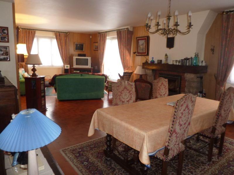 Sale house / villa Pontivy 202000€ - Picture 2