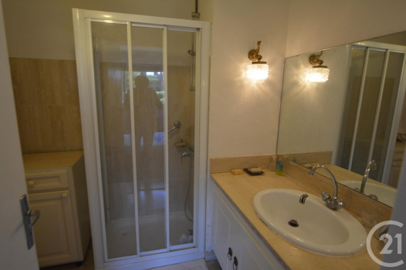 Sale apartment Antibes 244 000€ - Picture 7