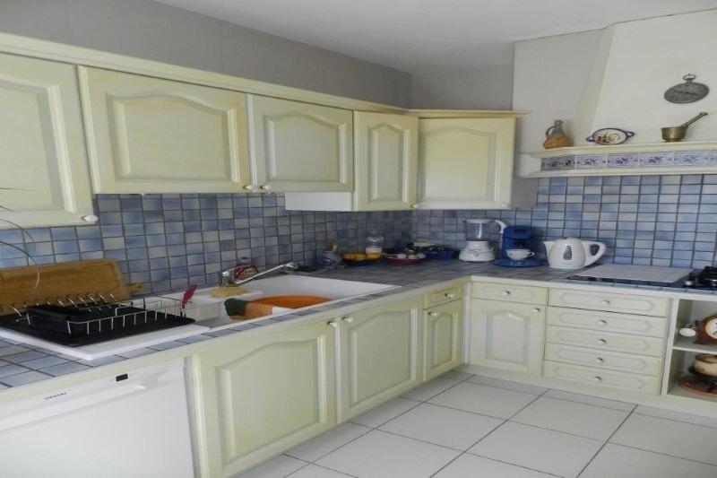 Sale house / villa Bormes les mimosas 730000€ - Picture 2