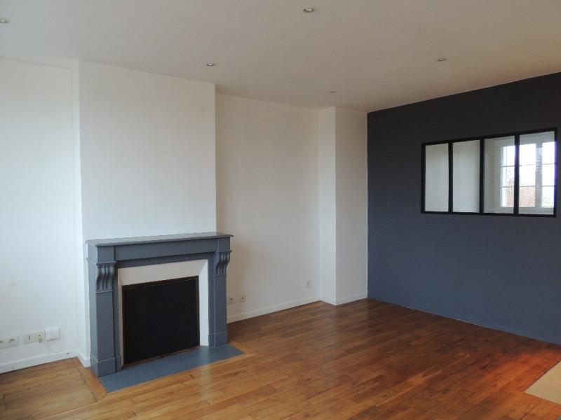 Sale apartment Saint germain en laye 219000€ - Picture 1