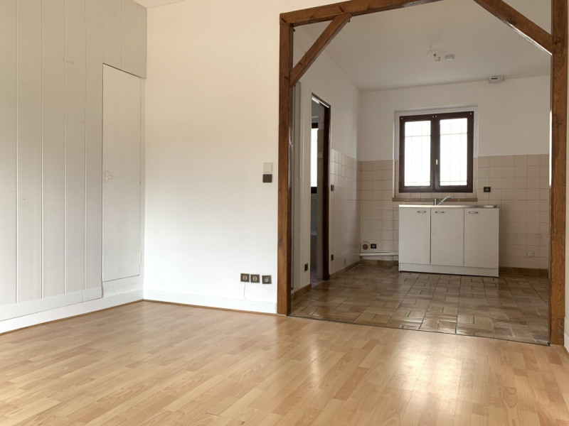 Rental apartment Nozay 695€ CC - Picture 2