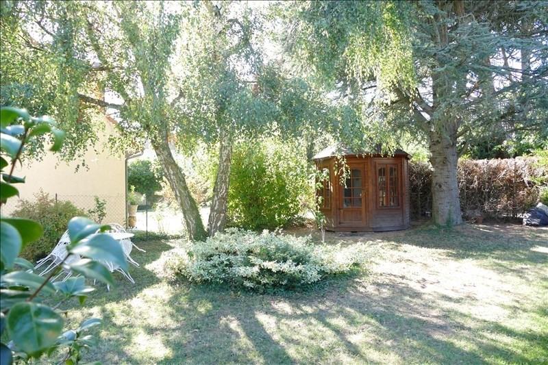 Sale house / villa Verrieres le buisson 660000€ - Picture 2