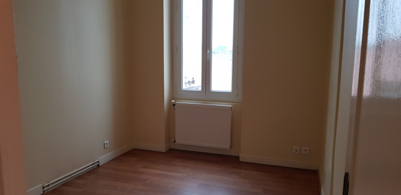 Rental house / villa Portets 815€ CC - Picture 6