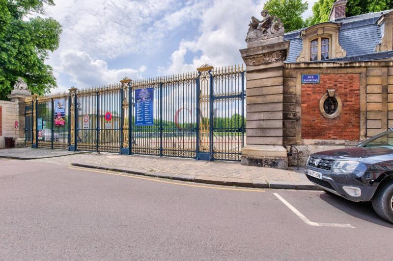 Verkoop  appartement Versailles 367500€ - Foto 4