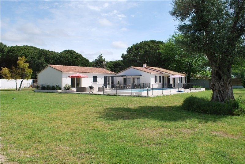 Deluxe sale house / villa Aigues mortes 885 000€ - Picture 2