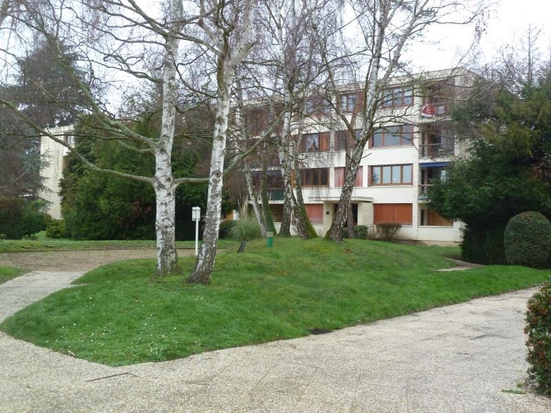 Rental apartment Andresy 899€ CC - Picture 1