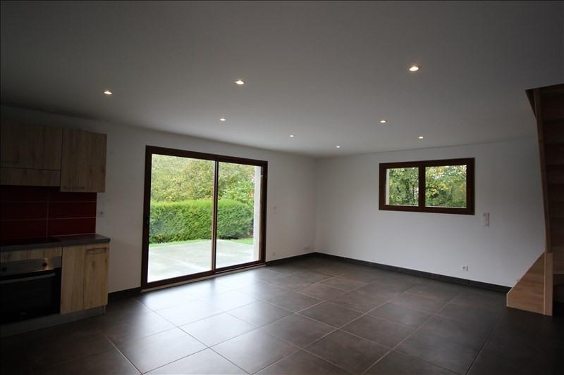 Location maison / villa La roche sur foron 1600€ CC - Photo 2