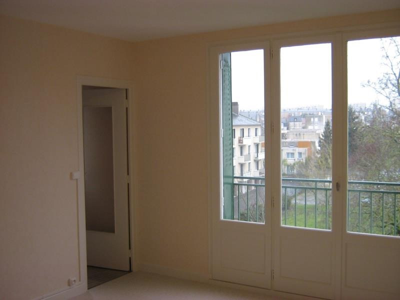 Rental apartment Nevers 343€ CC - Picture 2