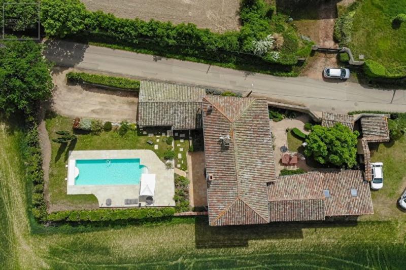 Deluxe sale house / villa Lissieu 799000€ - Picture 4