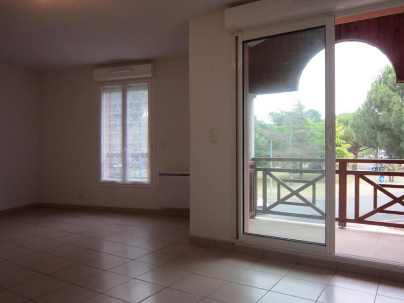 Sale apartment La palmyre 136320€ - Picture 2