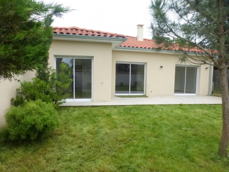 Location maison / villa Chaponost 1 600€ CC - Photo 1