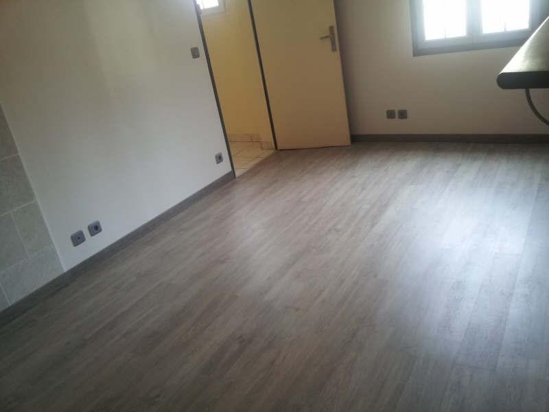 Location appartement Maurecourt 495€ CC - Photo 4