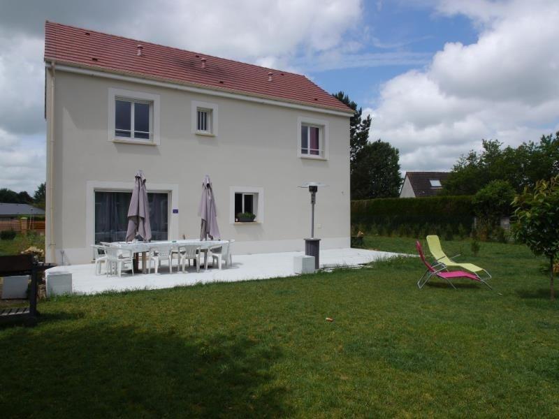 Sale house / villa St clair sur epte 268200€ - Picture 1
