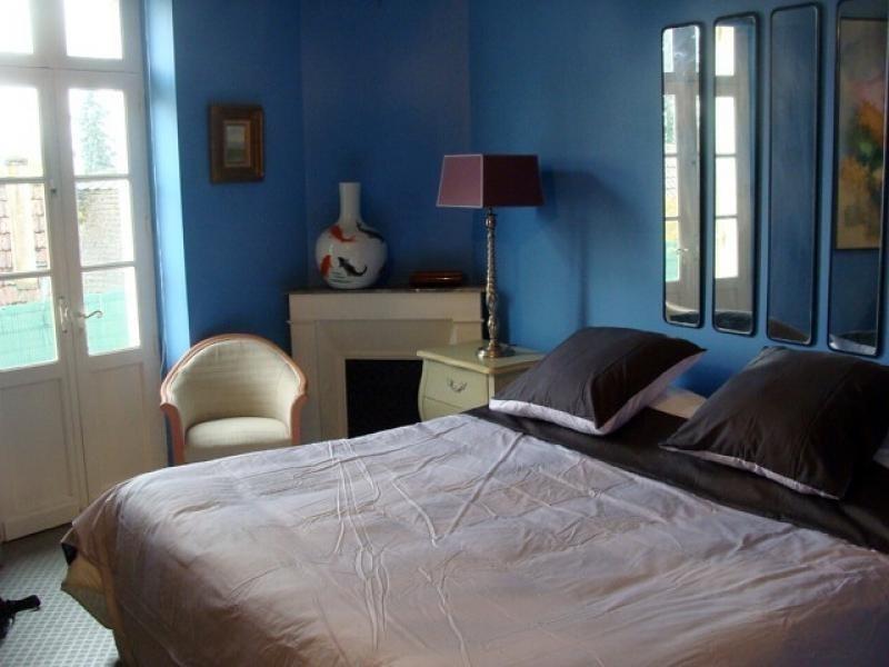 Sale house / villa St cyprien 398000€ - Picture 3