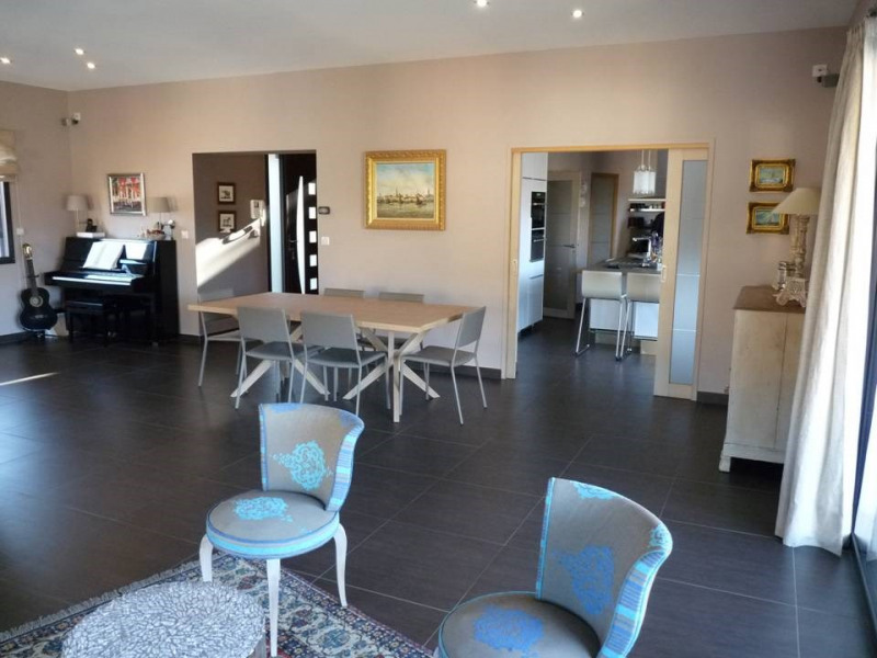 Vente de prestige maison / villa Saint-paul-en-cornillon 599 000€ - Photo 5