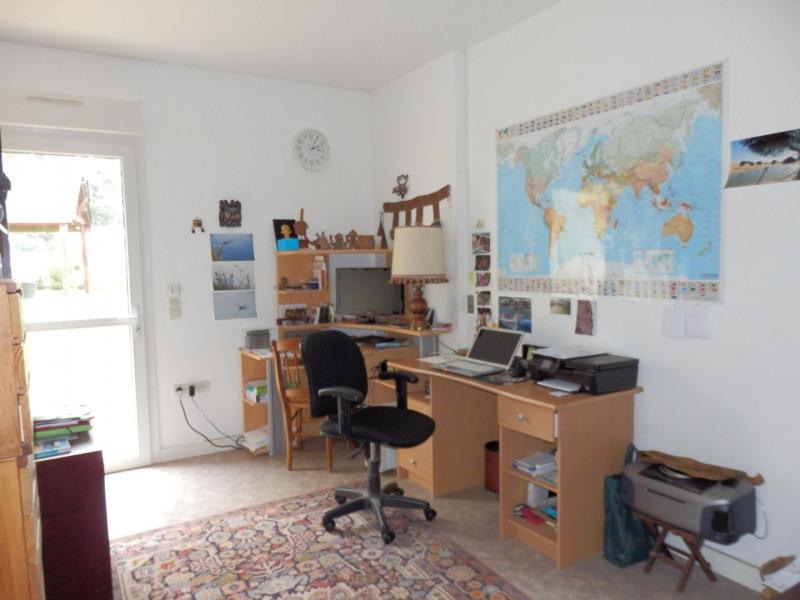 Sale house / villa Montreuil juigne 414500€ - Picture 9