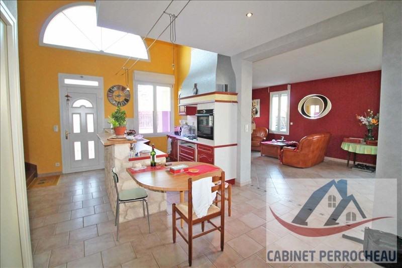 Sale house / villa Montoire sur le loir 193500€ - Picture 2