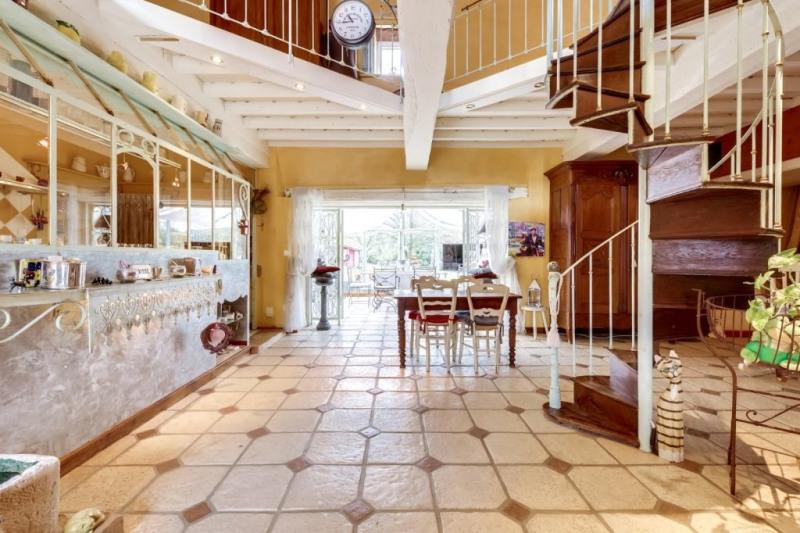 Vente de prestige maison / villa Savigneux 850000€ - Photo 5