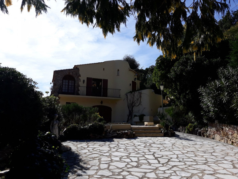 Vacation rental house / villa Les issambres 1 200€ - Picture 17