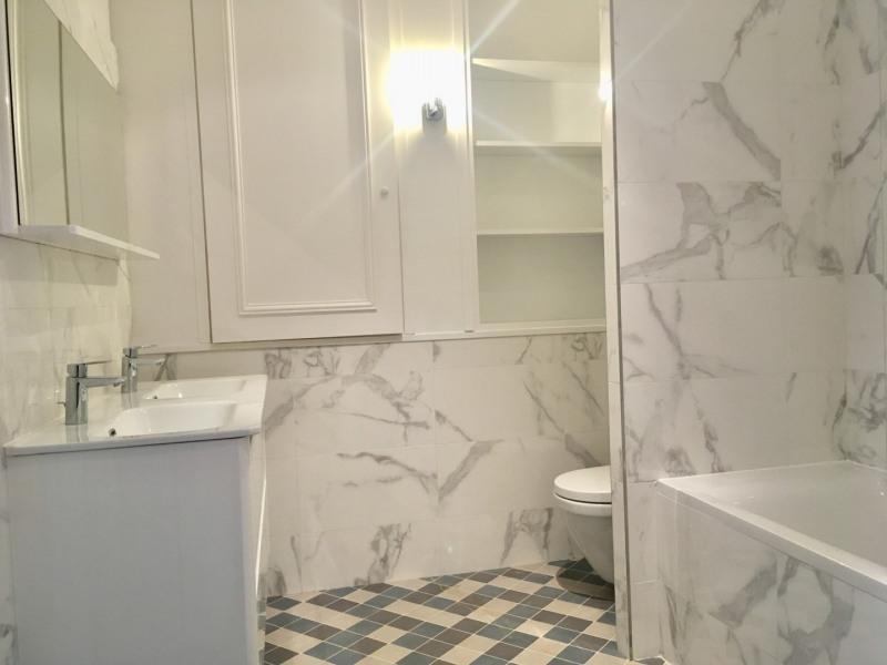 Rental apartment Paris 8ème 4092€ CC - Picture 9