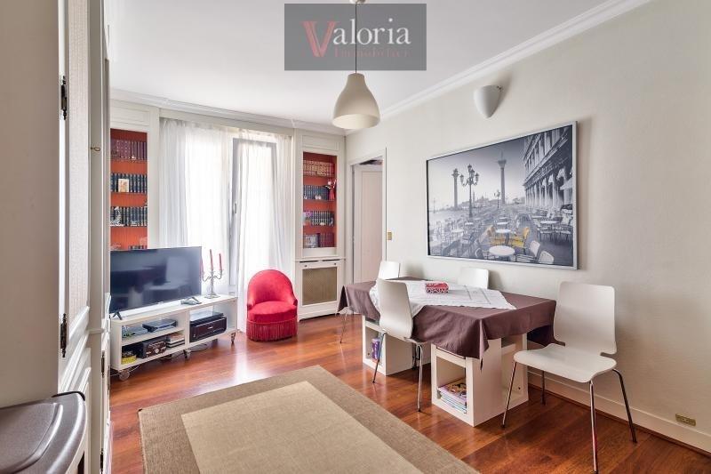 Sale apartment Courbevoie 338000€ - Picture 2