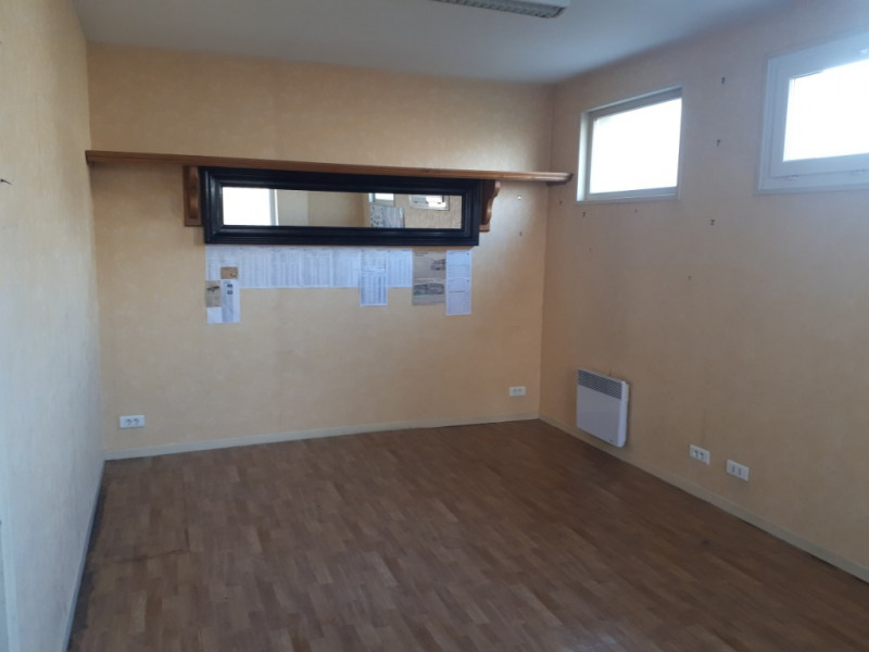 Location local commercial Saint omer 300€ CC - Photo 3