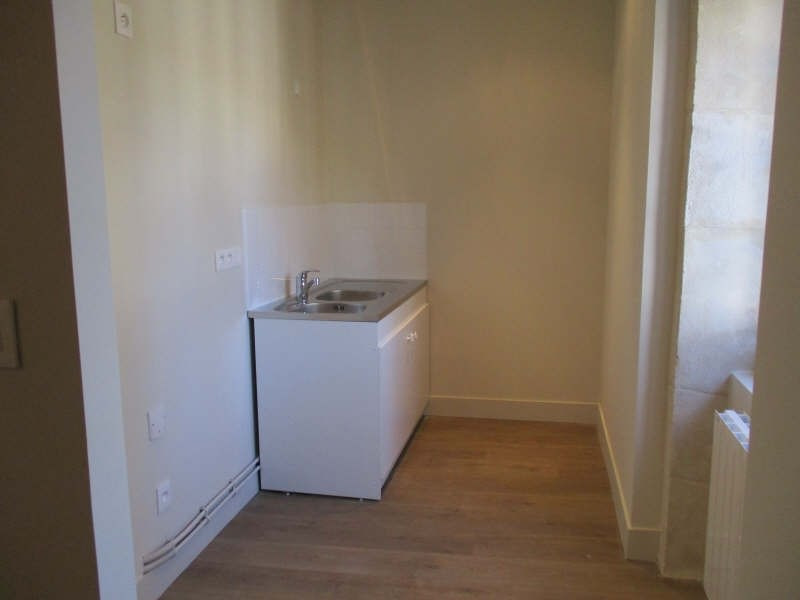 Location appartement Nimes 545€ CC - Photo 4
