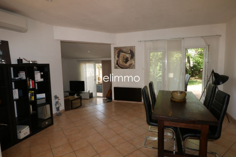 Location maison / villa Salon de provence 1 290€ CC - Photo 5