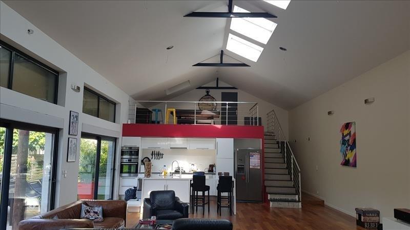 Sale house / villa Le plessis bouchard 675000€ - Picture 1