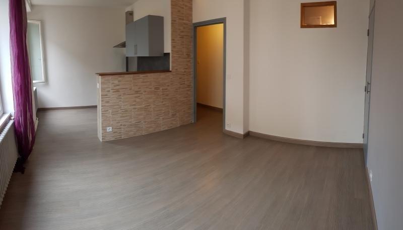 Rental apartment Bellegarde sur valserine 559€ CC - Picture 2