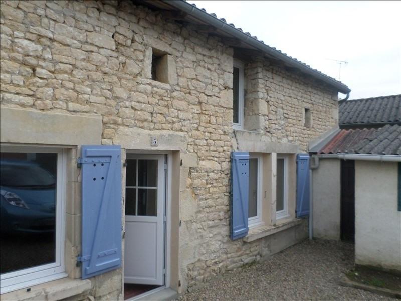 Location maison / villa Civaux 450€ CC - Photo 1