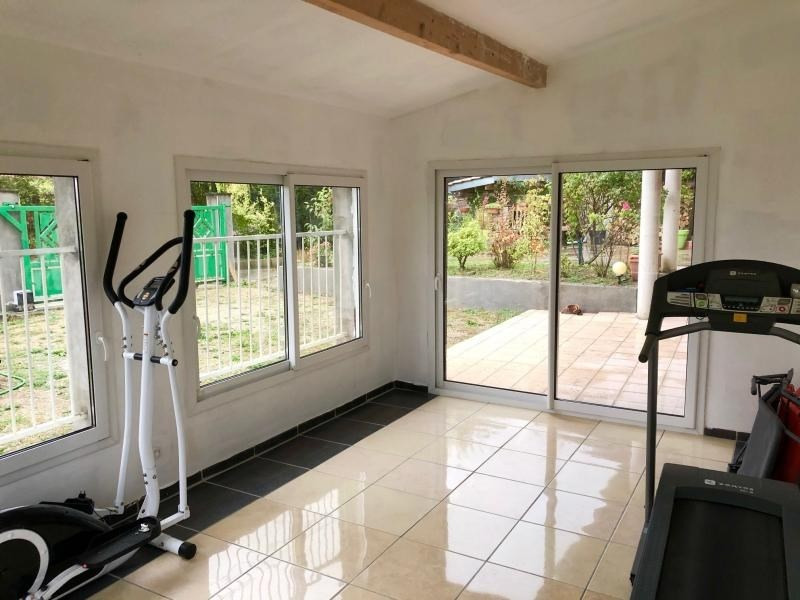 Sale house / villa Bourgoin jallieu 330000€ - Picture 6