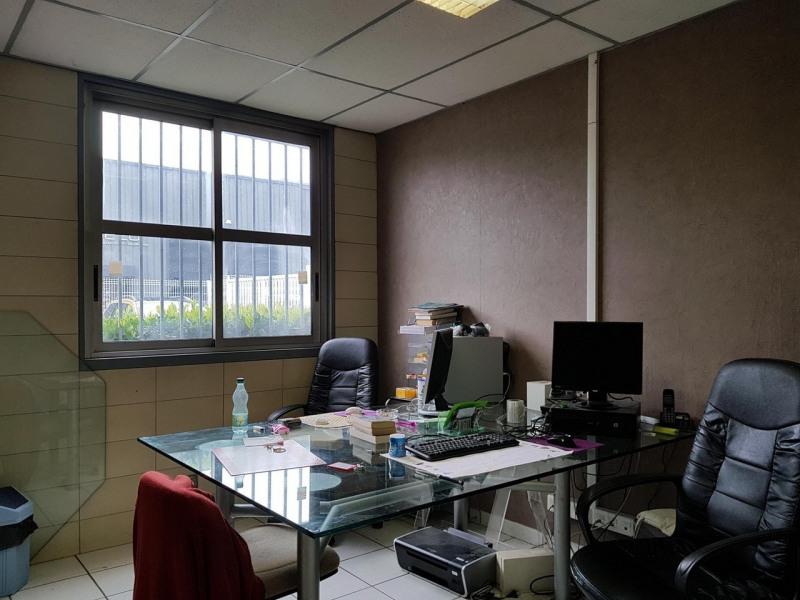 Rental empty room/storage Saint-martin-d'hères 2062€ CC - Picture 3