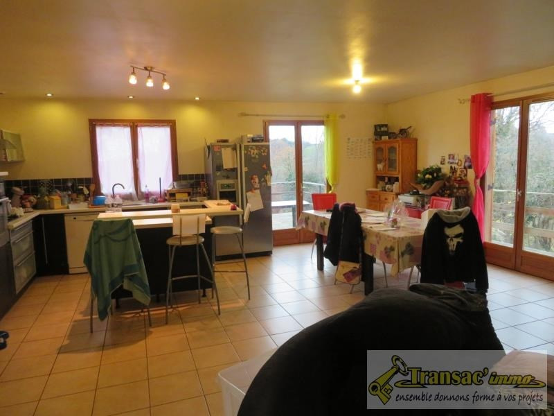 Sale house / villa Puy guillaume 159 750€ - Picture 5