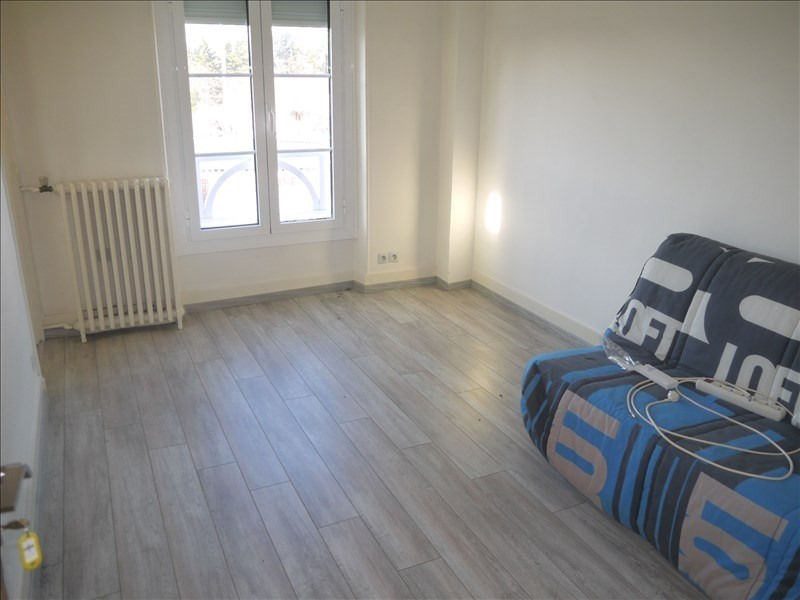 Rental apartment Andresy 580€ CC - Picture 1