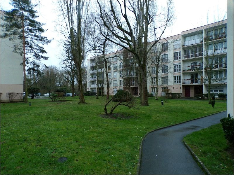 Location appartement Yerres 940€ CC - Photo 1