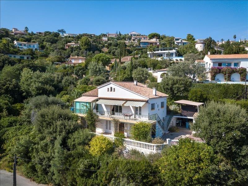 Deluxe sale house / villa Les issambres 649000€ - Picture 2