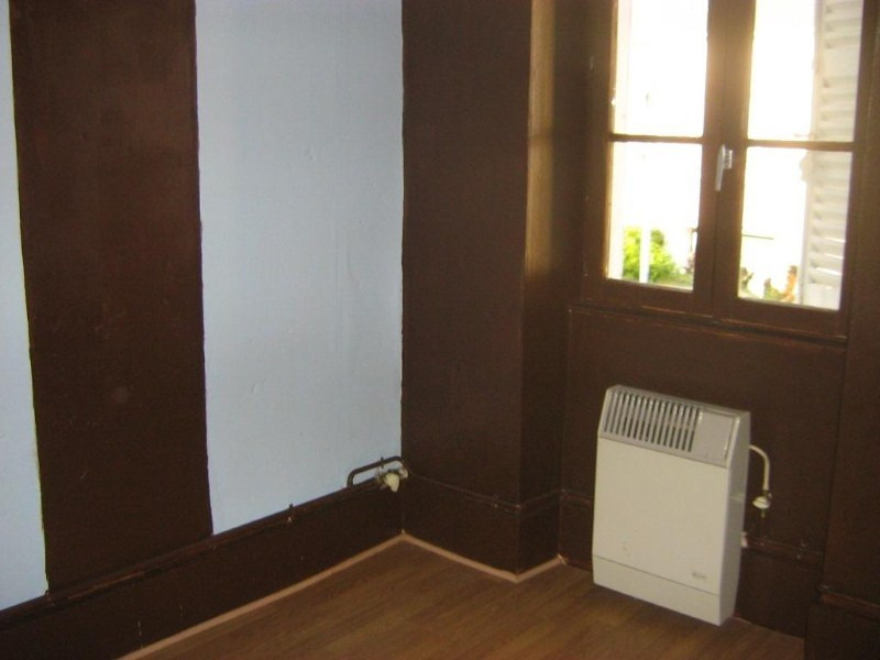Rental apartment Fourchambault 300€ CC - Picture 2