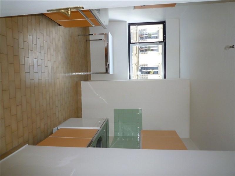 Rental apartment Neuilly sur seine 2870€ CC - Picture 4