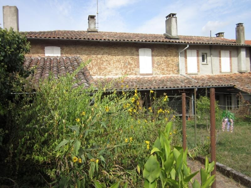Sale house / villa L isle jourdain 218 400€ - Picture 1