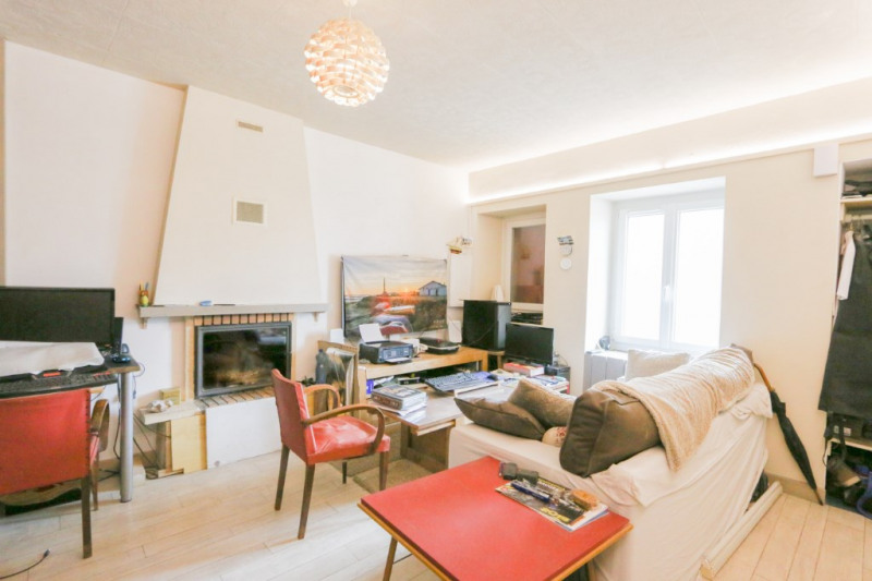Sale apartment Le chatelard 117 000€ - Picture 1
