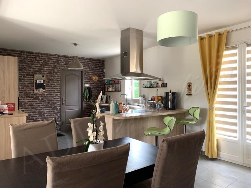 Sale house / villa Pontarme 320000€ - Picture 2