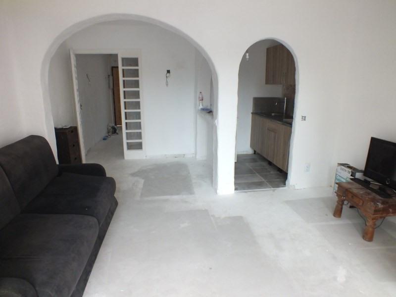 Sale apartment Rosas-santa margarita 120000€ - Picture 3