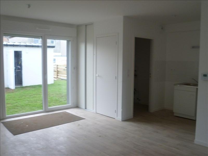 Verhuren  huis Moult 528€ CC - Foto 1