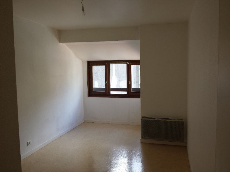 Location appartement Sallanches 810€ CC - Photo 4