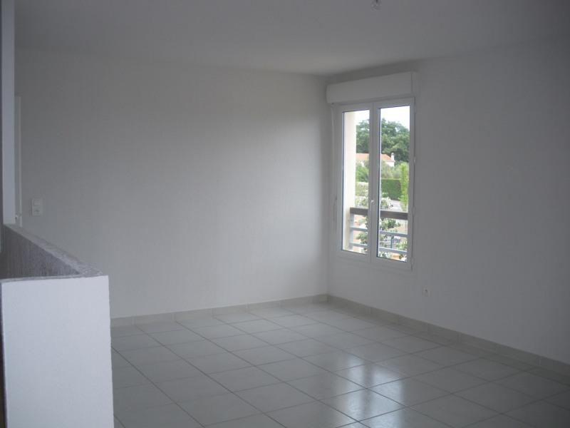 Rental apartment Fréjus 1030€ CC - Picture 7