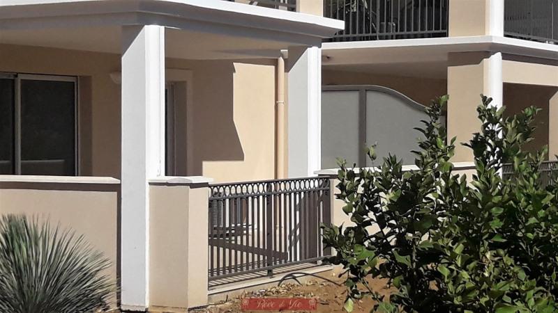 Sale apartment Bormes les mimosas 220000€ - Picture 2
