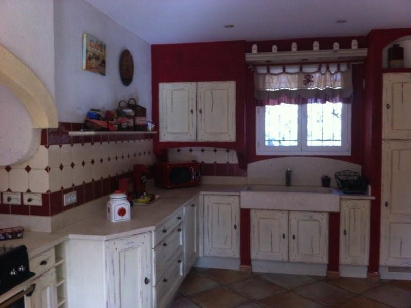 Deluxe sale house / villa Saint etienne du gres 680000€ - Picture 2