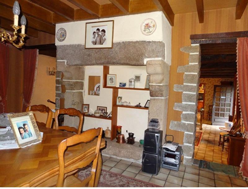 Sale house / villa Plounevez quintin 169300€ - Picture 6